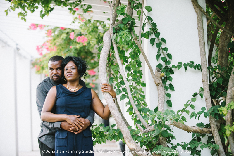 st petersburg wedding photographer-wedding photgoraphers in st pete-downtown st pete engagement session-7056